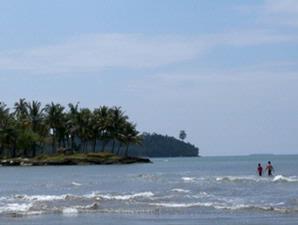 pantai air manis malin kundang