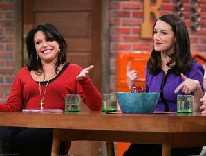 "rachael ray host talk show ""Rachael Ray"" celebrity chef"